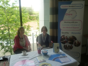 Claro Learning stand